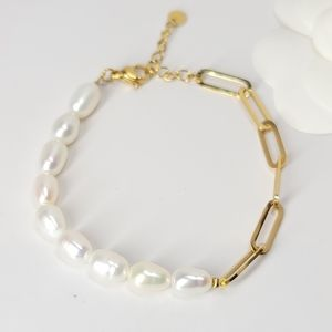 Freshwater Pearls with Paperclip Chain Bracelet